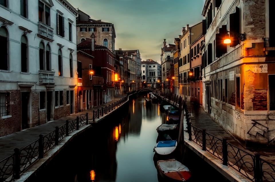 Death in Venice and Spiritual Sickness in Rome